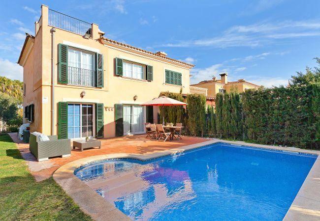 freistehendes Haus in Puigderrós  - Villa Ocells II - mit privatem Pool