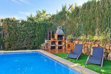 Chalet in Puigderrós  - Villa Ocells II - mit privatem Pool